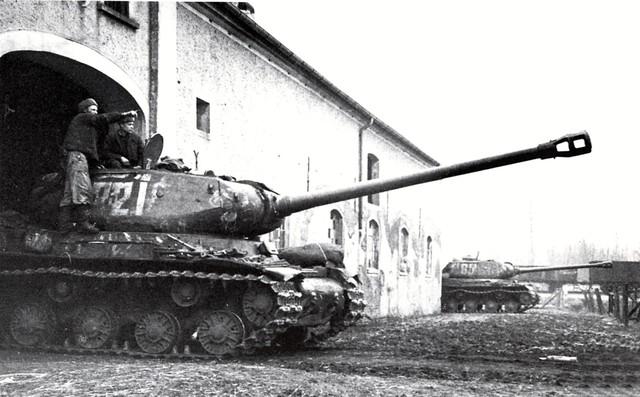 http://warwall.ru/bronya/is-2/tjazhjolyj_tank_is-2-20.jpg
