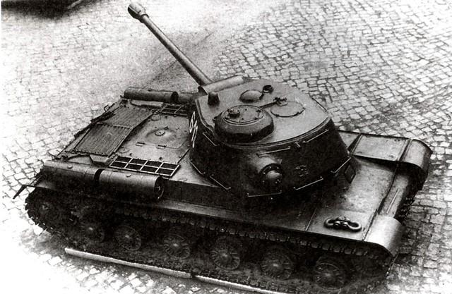 http://warwall.ru/bronya/is-2/tjazhjolyj_tank_is-2-23.jpg